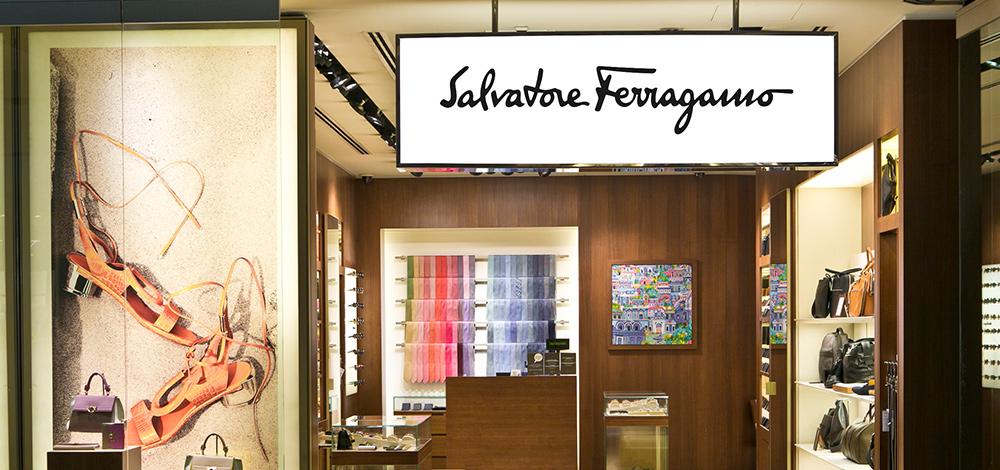 17cb325f9cc65 Salvatore Ferragamo   Aeroporto de Lisboa